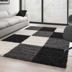 Rug Shaggy pile long plaid...